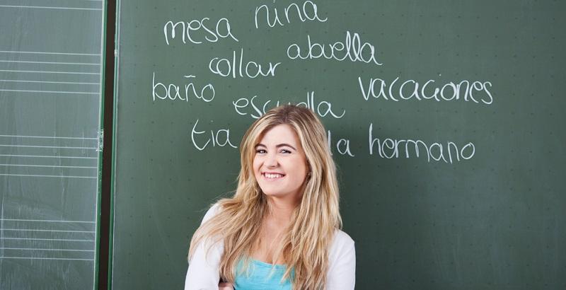 Natürlich gehört zum Erlernen einer Sprache immer die richtige Aussprache dazu, denn nur die wenigsten werden beispielsweise das Spanische lernen, um in dieser Sprache schriftlich zu kommunizieren.
